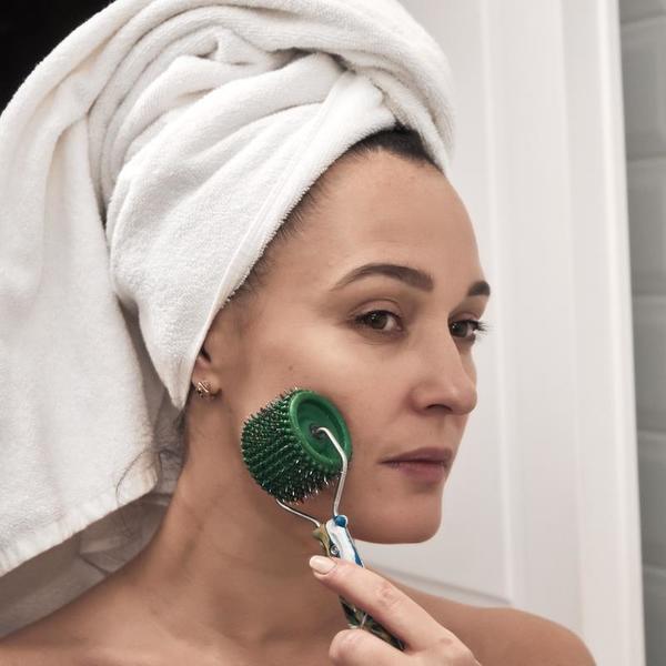 7 преимуществ иглоукалывания лицевым валиком Ляпко